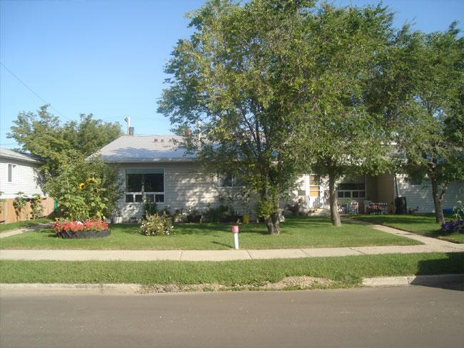 photo of Highland Dell, seniors housing in Drumheller Alberta